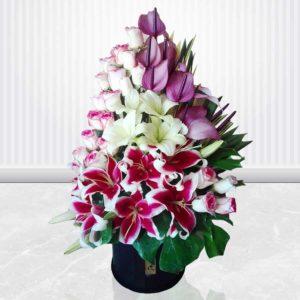 خرید سبد گل اینترنتی- جعبه گل شکوه عشق