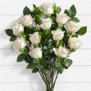 سفارش گل اینترنتی- دسته گل رز سفید