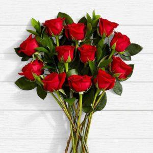 سفارش گل اینترنتی- دسته گل رز قرمز