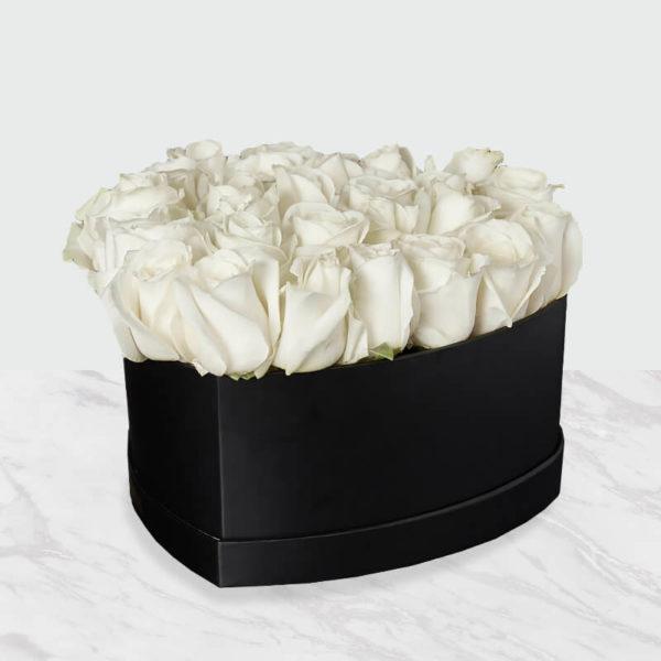 خرید جعبه گل رز سفید قلبی اینترنتی