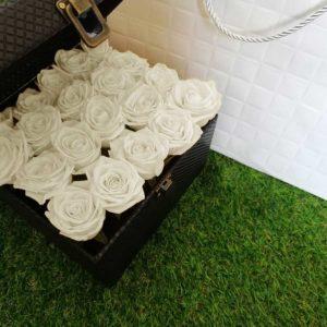 خرید گل آنلاین- صندوق گل رز سفید