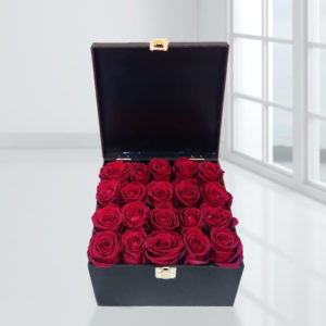 خرید گل آنلاین- صندوق گل رز قرمز