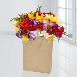 سفارش انلاین جعبه گل فریزیا