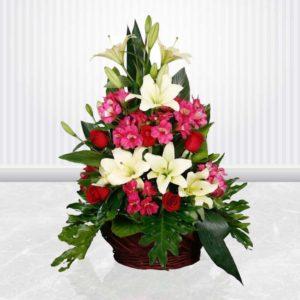 خرید گل آنلاین سبد گل آلسترومریا، رز و لیلیوم