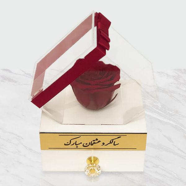 گل رز جاودان قرمز باکس سفید
