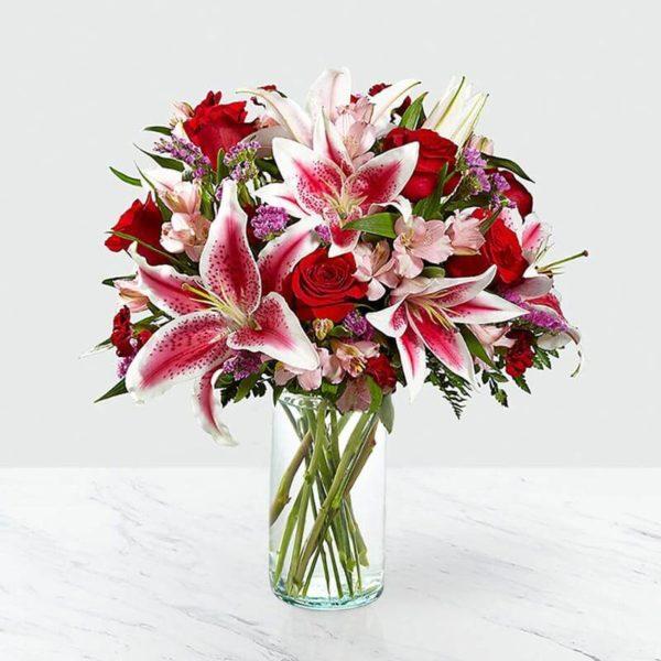 گلدان گل لیلیوم، رز و آلسترومریا