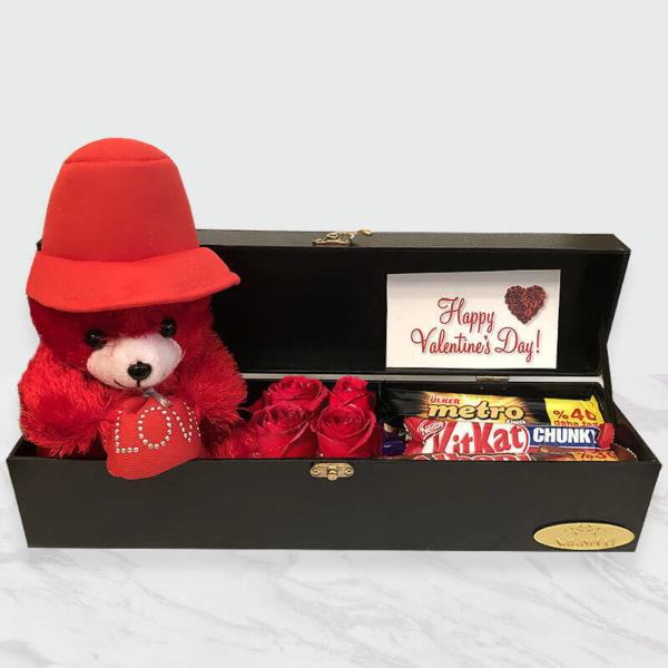 پکیج ولنتاین گل، شکلات و عروسک