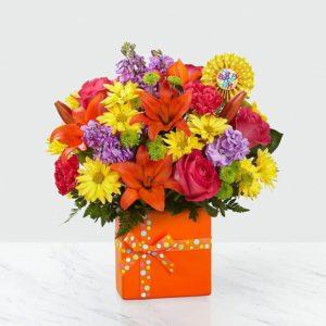 گلدان گل جشن تولد (آمریکا)