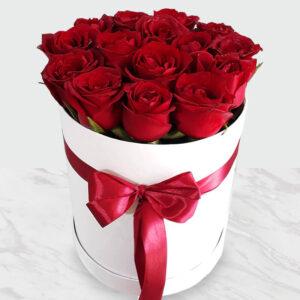 جعبه گل رز جادوئی سفید